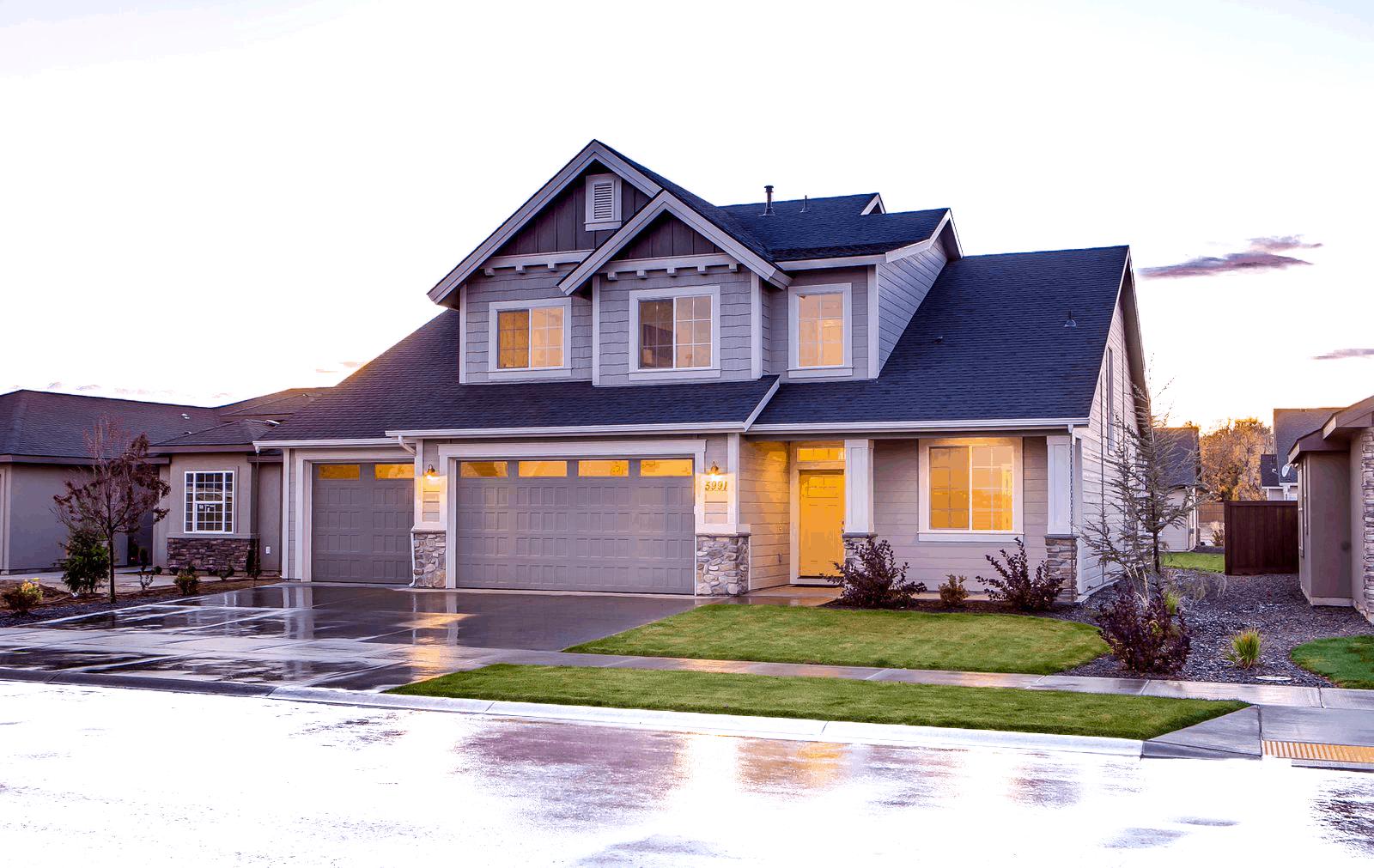 Custom Home Garage Door Features